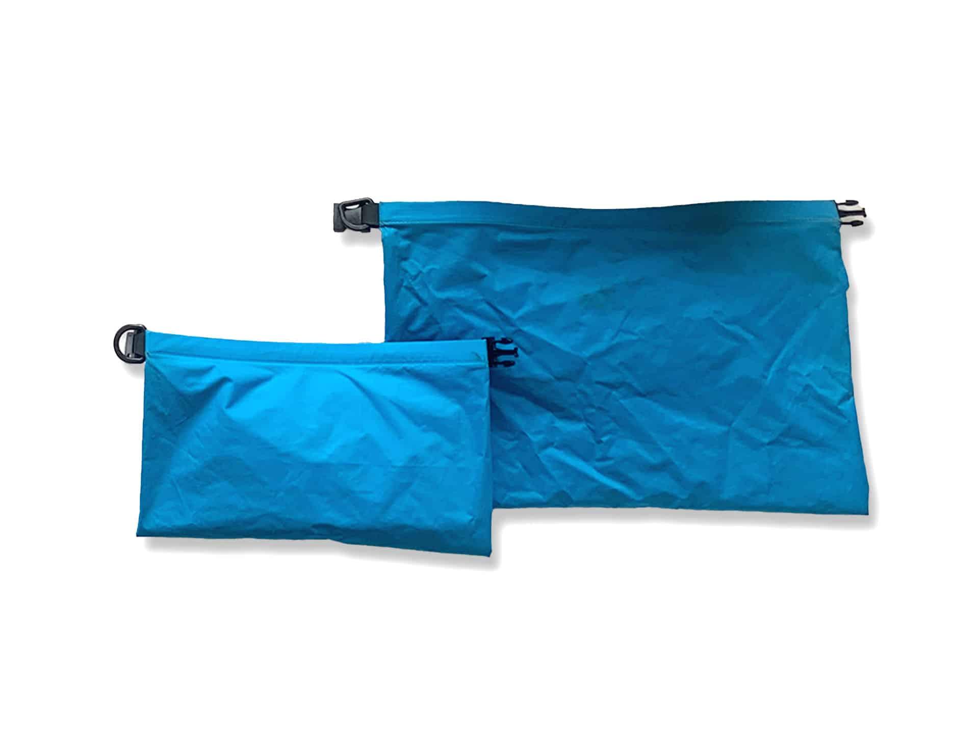 sea-sumit-dry-bag-travel-essentials